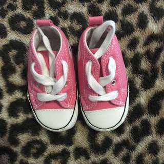 SOLD PENDING PICK UP ** Baby Chuck Taylor's