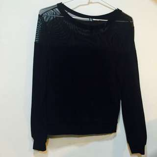 H&M 黑色鏤空長袖上衣