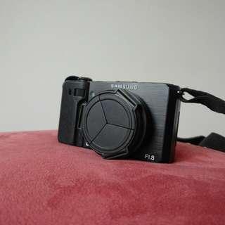 Samsung EX1類單眼自拍相機