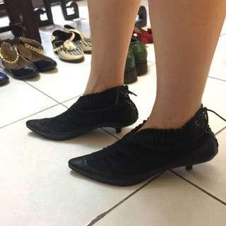尖頭個性低跟鞋