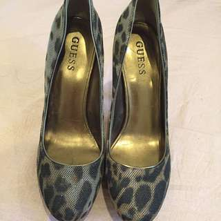 Authentic Guess Heels
