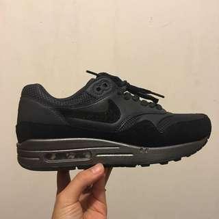 PENDING/Nike Air Max 1 Prm/Wm Size 8