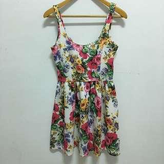 Zara花卉洋裝