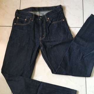 Levis 702牛仔褲