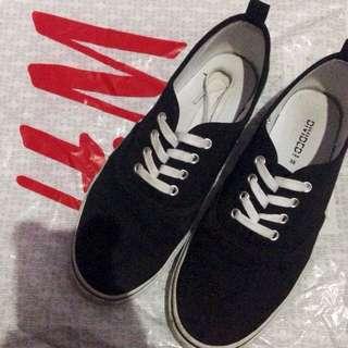 H&M shoes black