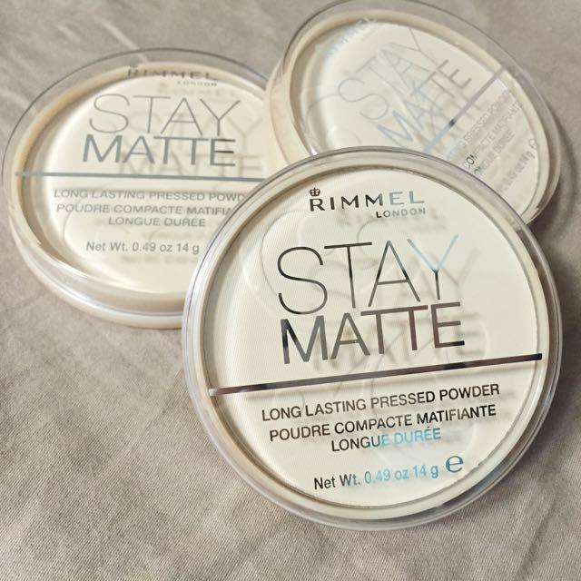 「現貨1」英國 RIMMEL stay matte 控油 霧面 定裝 蜜粉餅 色號001 透明