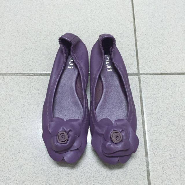 #五百元好女鞋紫色花朵包鞋