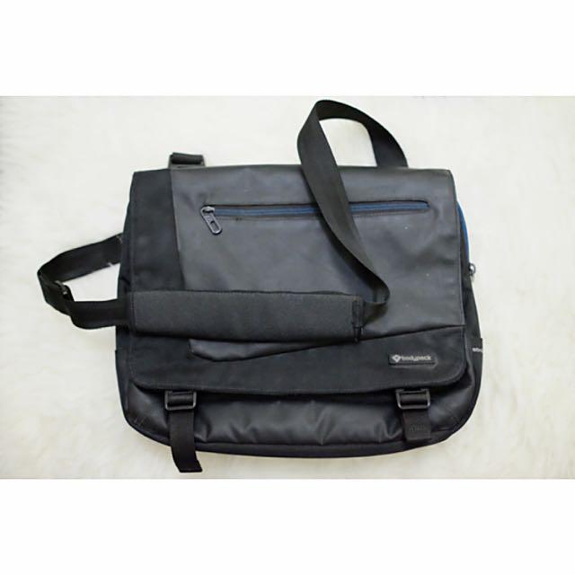 Bodypack Bag (Bisa Utk Laptop)
