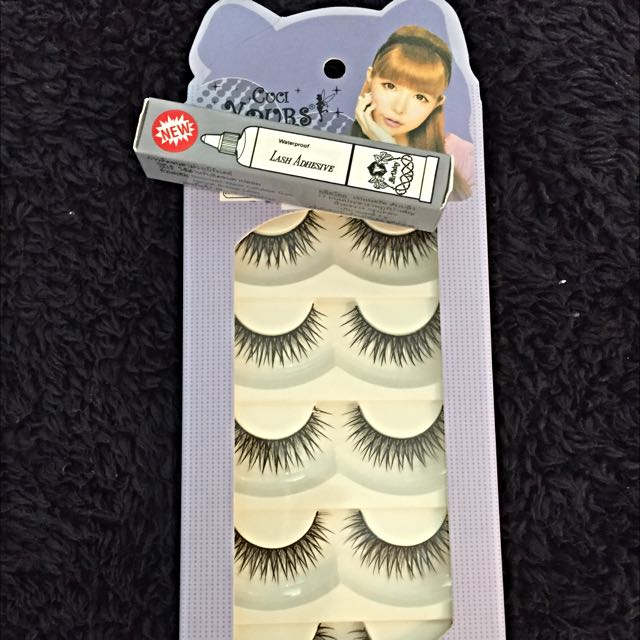 Brand New Fake Eyelashes W/ Glue