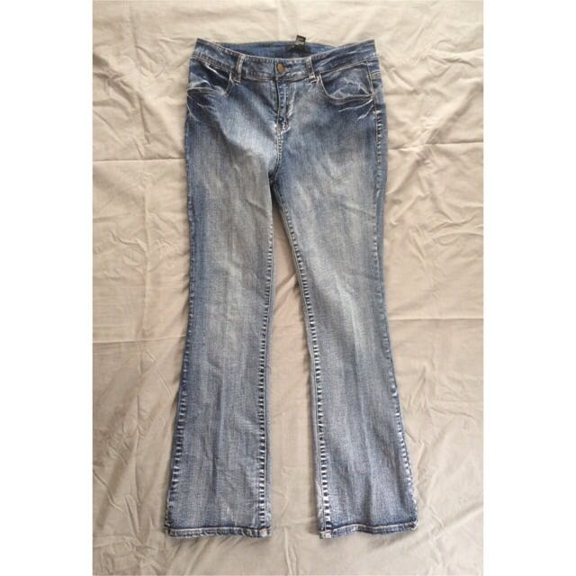 Forever 21 bootcut jeans (size 29)
