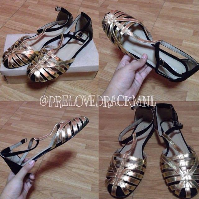 Glod Black Sandals