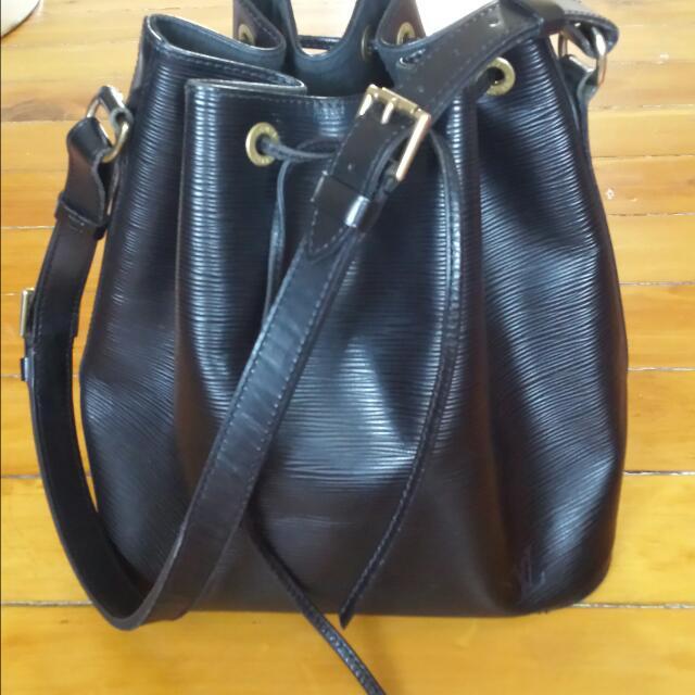 Louis Vuitton Epi Bucket Bag