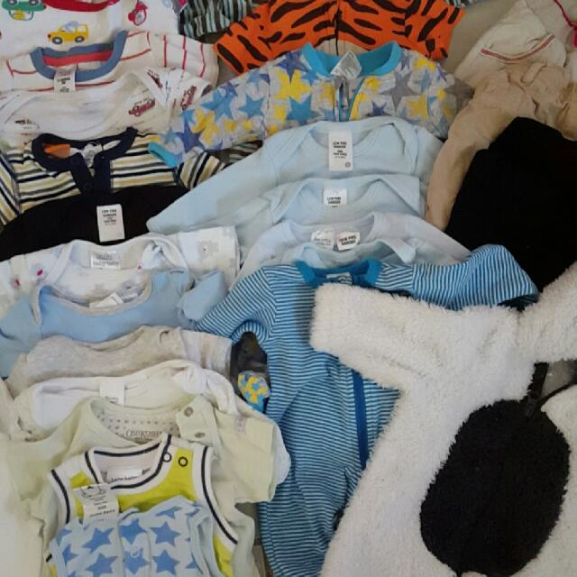 Massive Bundle Of 0-3months New & Used Boys Baby Clothing.