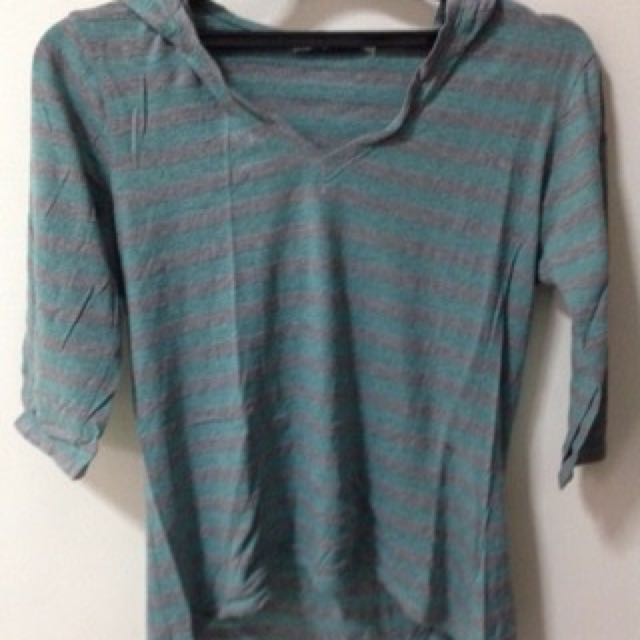 PRELOVED ORI Forever 21 Hoodie Sweater in Grey and Green
