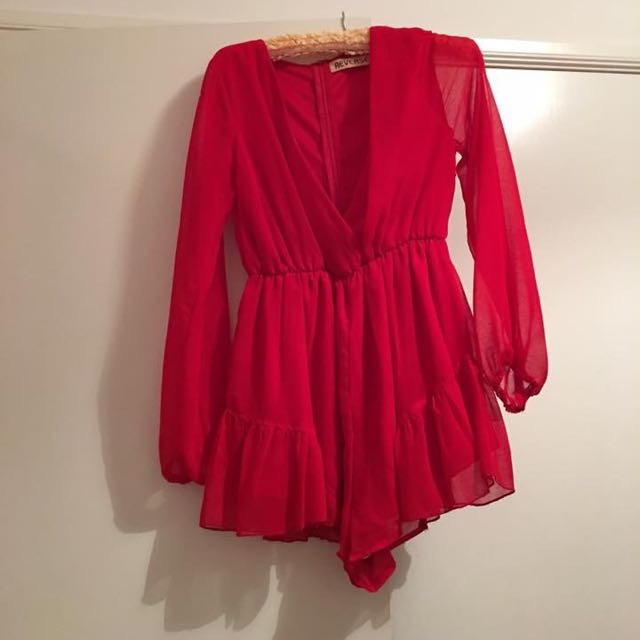 Red Playsuit Size m Can Fit 8-12