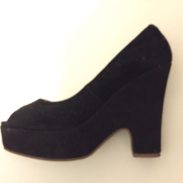 Tony Bianco Platform Heels Black