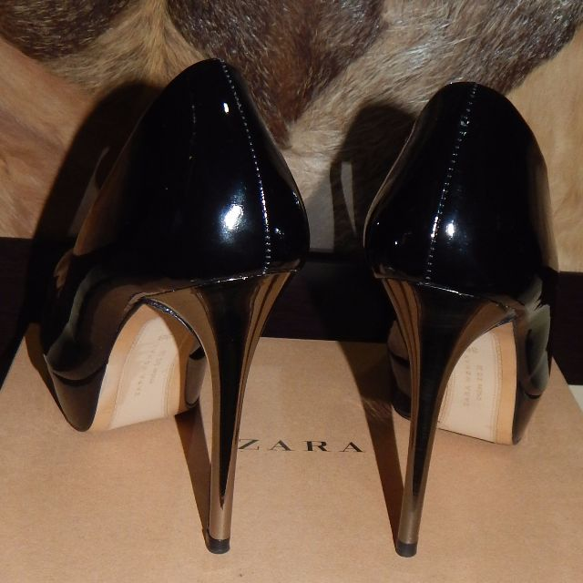 ZARA black patent pumps