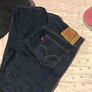 Levis 501 Red Tab