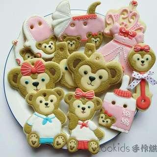Cookids手作烘焙 達菲熊&雪莉玫收涎組12入