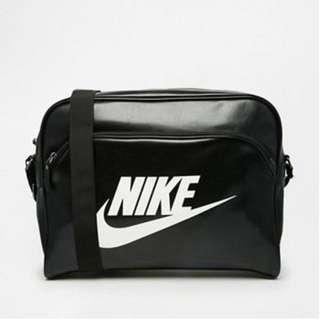 Nike Messenger Bag