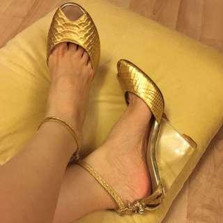 Classy Heels...!!! 😻