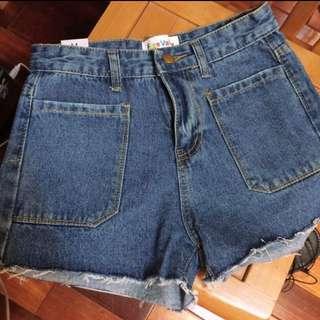 全新 牛仔短褲 M