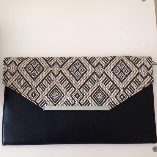 BNWOT Colette clutch purse