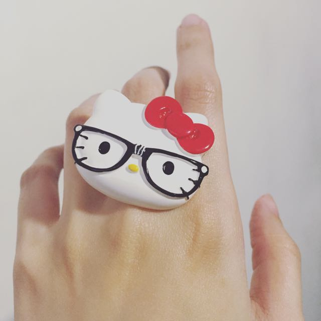 Claire's Hello Kitty Ring