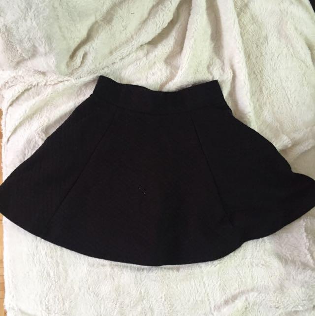 H&M Highwaist Flared Skirt