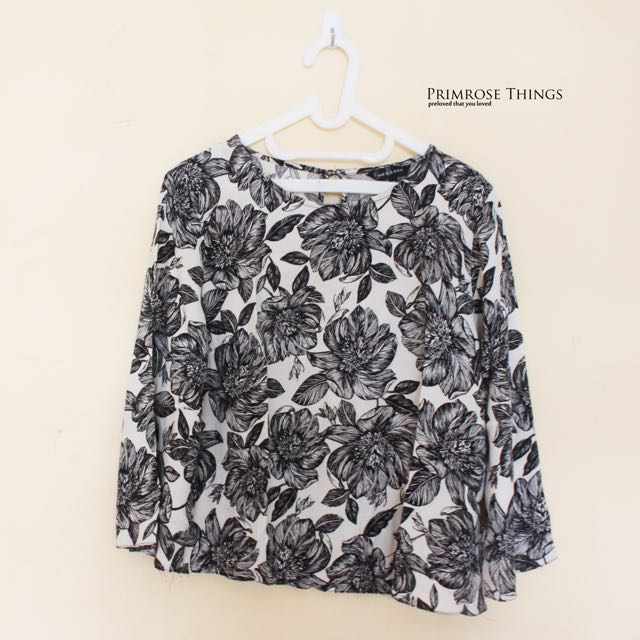 (NEW LOOK) BNW FLORAL BLOUSE