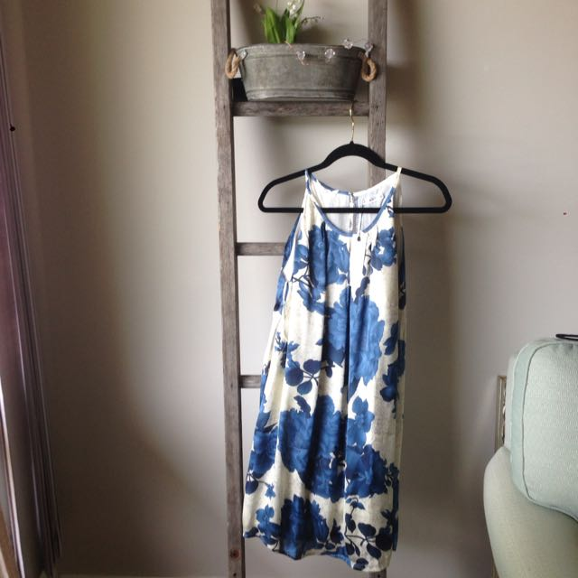New With Tags Floral Dress Size M