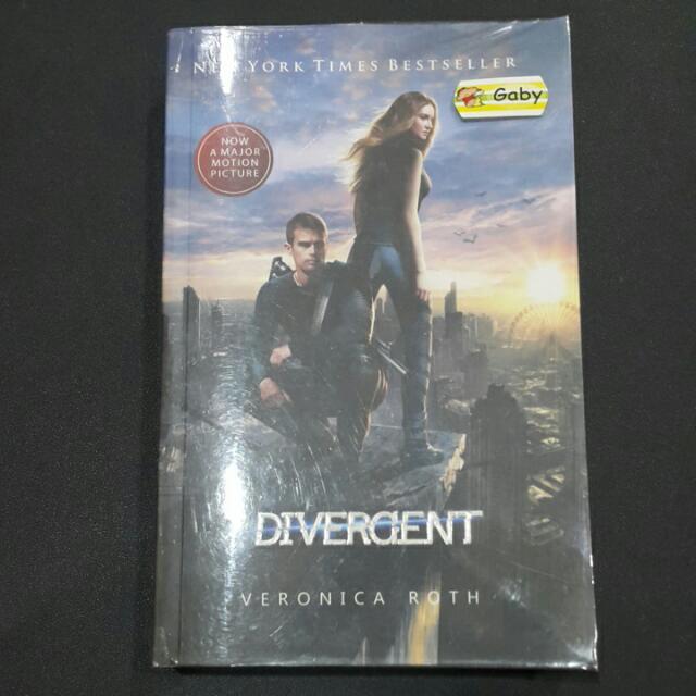 Novel Divergent Versi Indonesia