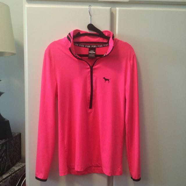 PINK Ultimate Athletic Top
