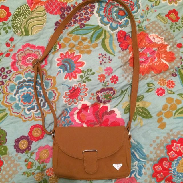 Roxy Beige Side Bag