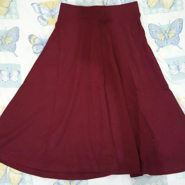 STRADIVARIUS RED RAMPLE SKIRT