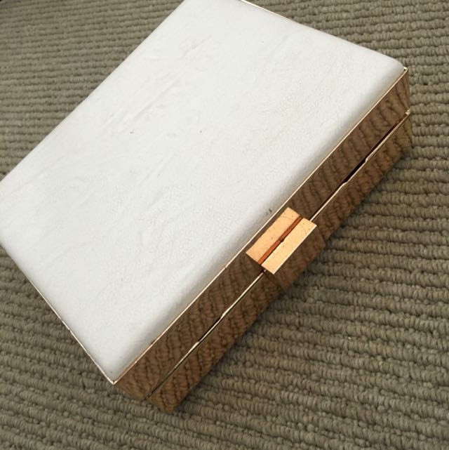 White Box Clutch