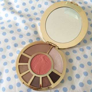 Tarte Showstopper Clay Pallete