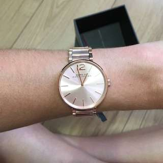 BNWT ROSE GOLD WOMENS MARC JACOBS WATCH