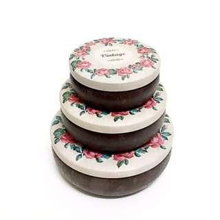 圓形復古風玫瑰圖樣鐵盒 禮物盒 馬口鐵 收納盒(三個一組)