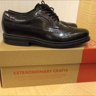 Camper 18820 牛津雕花皮鞋
