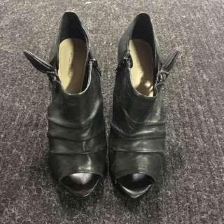 🔴Aldo Peep Toe Heels