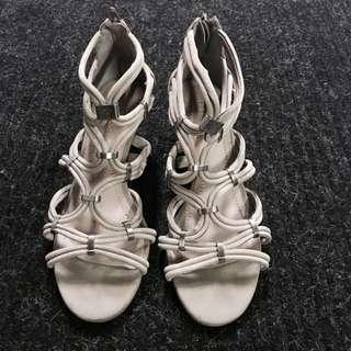 🔴BCBG Sandals