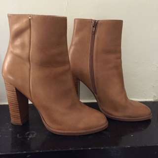 Wittner Camel Size 38 Heeled Boots