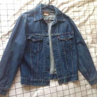 Sold pending - Levis Denim Jacket Size 10-12 Medium