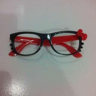 Kacamata Hello Kitty