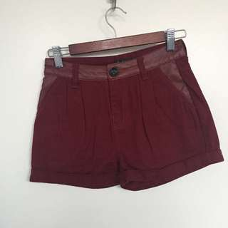 Maroon Shorts With Leather Look Detail