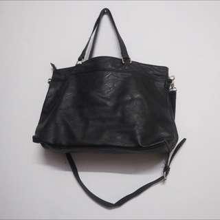 [Preloved] stradivarius Black Tote Bag
