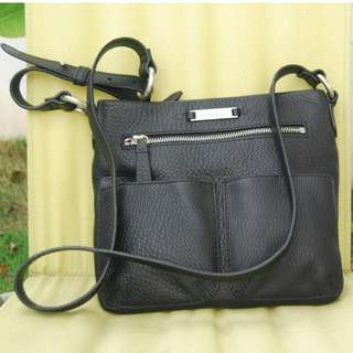 #15Off #FreePostage (Preloved) Authentic Cole Haan Crossbody - Black