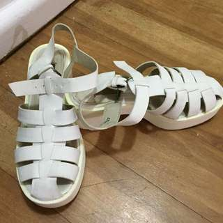 London Rebel White Block Sandals