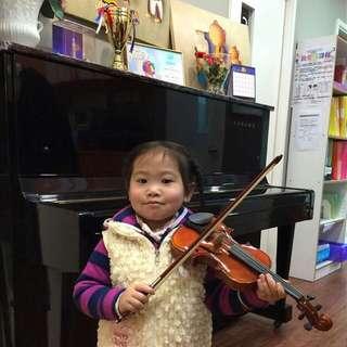 各款尺寸小提琴 Different Size Violin